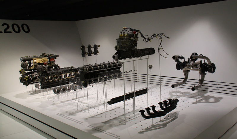 Porsche automobile components in each period