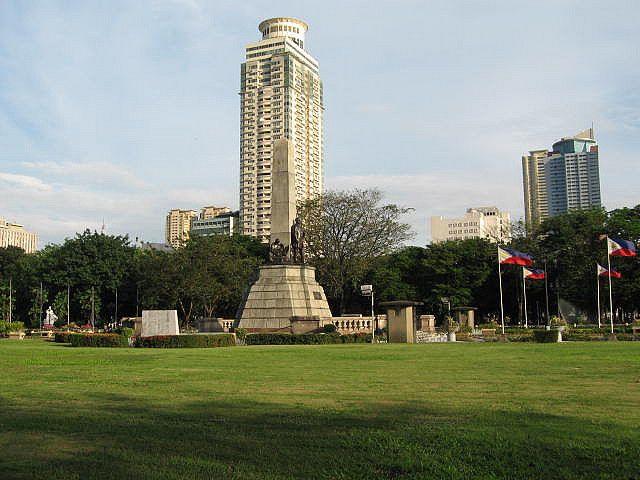 Rizal-Park_01