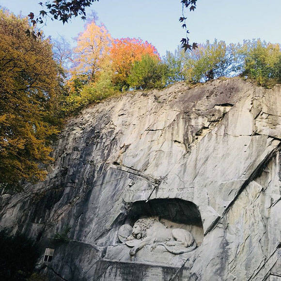 Dying Lion of Lucerne Monument_03
