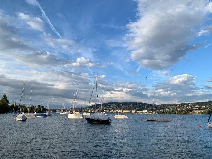 Lake_Zurich_02