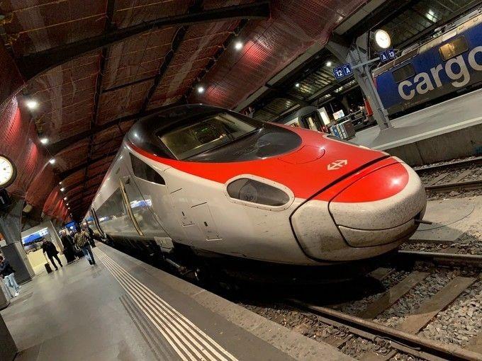 TGV_train_02