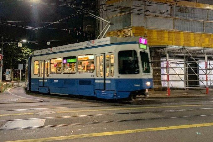 Tramcars_01