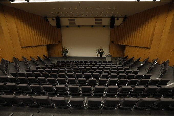 conference_hall_01