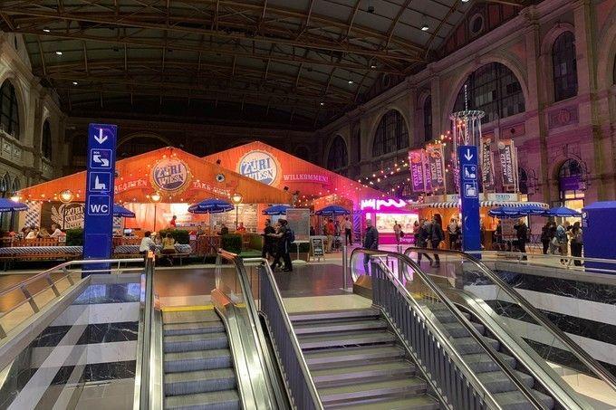 Zurich_HB_Main_Station_01
