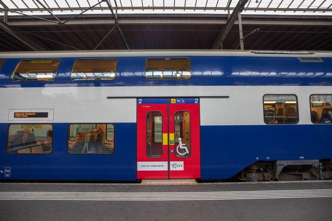 Zurich_HB_Main_Station_06